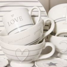 Plates, cups, mini jumbocups in gray & white from Bastion Collections - Collection