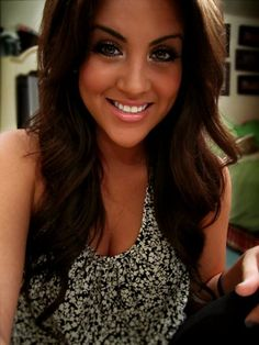 I absolutely L <3 V E her! Nicole Guerriero is my idol. (:
