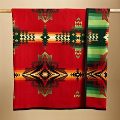 Pendleton® weaves Native American myth about the planet Venus with rock art from North and South America into a brilliantly colored and patterned...