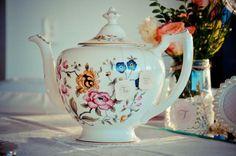 Vintage Tea Pot - Pretty Little Vintage Bridal Shower
