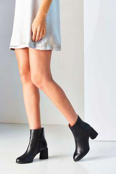 Camper Lea Short Ankle Boot
