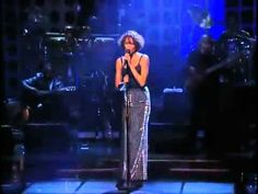 WHITNEY HOUSTON ~ I Will Always Love You....awesome performance. One of the greatest voices of all time has left us...RIP