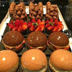 chocolate, food, and yummy image Sweet Recipes, Snack Recipes, Dessert Recipes, Snacks, Delicious Desserts, Yummy Food, Delicious Chocolate, Tumblr Food, Luxury Food
