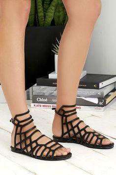 Sunny Girl Black Gladiator Sandals at Lulus.com!