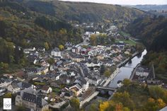 Bourscheid, a beautiful town in Luxembourg 盧森堡小鎮──Bourscheid . More on: https://www.circlewalker.me/luxembourg-main .  #歐洲 #Europe #旅遊 #Travel #背包客 #BackPacker #周圍行CircleWalker #遊記 #攝影 #photography #city #城 #town #鎮 #Bourscheid #luxembourg #盧森堡 #birdView #river #河 #鳥瞰 #全景 #高炒 #山 #hill #mountain #forest #tree #green #樹
