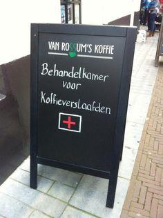 """Hans Botter op Twitter: """"Het naar binnen lokken van klanten in de horeca neemt steeds creatievere vormen aan. Scherpzinnige humor in Zutphen. http://t.co/qnAfBL6Az8"""""""