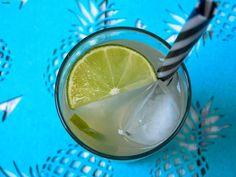 Flavours of Amellia: Coctaily z rumu, část Lime, It Cast, Fruit, Food, Limes, Essen, Meals, Yemek, Eten