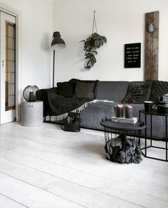 and_thekid stoere woonkamer thehome.and_thekid Farm House Living Room, Living Room Furniture, Interior, Living Room Decor, Home Decor, Room Inspiration, Interior Design, White Furniture Living Room, Trendy Home