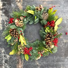 Flower Arrangements, Christmas Wreaths, Floral Wreath, Holiday Decor, Flowers, Outdoor, Home Decor, Christmas Garlands, Outdoors