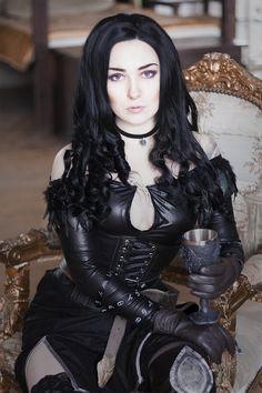 Model Yennefer Gothic and Amazing