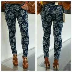 "🆕 💋HP💋Free Culture Jeans NWT 💋HOST PICK 💋  Brand new with tags These Free Culture jeans add a fun spin to boring plain jeans. They feature super fun print. Pair with just about anything. Material 88% cotton 9%polyester 3%spandex Length approx 37"" Inseam approx 30"" Rise approx 6.5"" Skinny fit Pockets in front and on back   💗Price is firm unless bundled 💗No trades Free Culture Jeans Skinny"