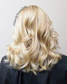 Vanilla butter cream <3 yum!!  #hairbykristenlentz #blonde #vanilla…