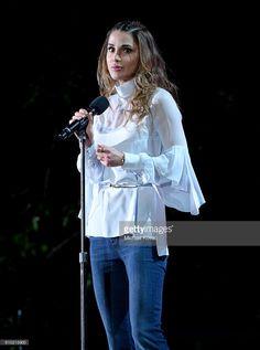Fotografia de notícias : Queen Rania Al-Abdullah of Jordan presents...