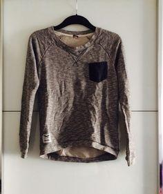 Mein Iriedaily Sweatshirt XS von Iriedaily! Größe 34 / XS für 39,90 €. Sieh´s dir an: http://www.kleiderkreisel.de/damenmode/pullis-and-sweatshirts-langarmlig/137194884-iriedaily-sweatshirt-xs.