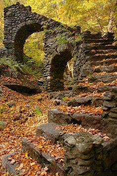ruínas do castelo de Madame Sherri, Chesterfield, New Hampshire, USA