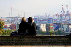 Hamburg/ Altona: Elbchaussee in Altona mit Blick auf den Hafen