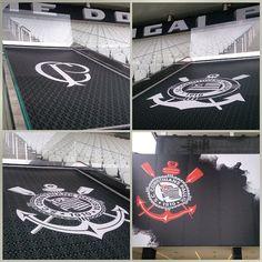 """Sport Club Corinthians Paulista - """"Teu passado é uma bandeira, teu presente é uma lição... A história registrada na Arena Corinthians! #ArenaCorinthians #VaiCorinthians #Corinthians #Timão…"""""""