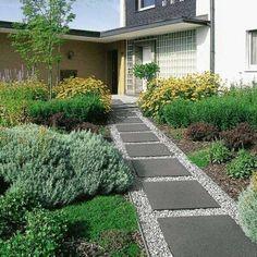 The gravel garden 2013 Gravel Garden, Patio Garden, Cottage Garden, Small Gardens, Garden Types, Cottage Patio, Outdoor Gardens, Mediterranean Garden, Gravel Patio