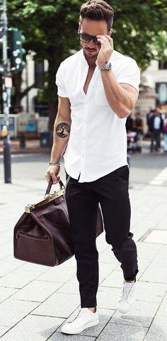 40 Summer Fashion Looks for Short Men. Vestir Elegante HombreModa HombreZapatillas  Blancas ... 1381af411e2