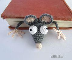 Download Book-rat Bookmark Crochet Pattern (FREE)