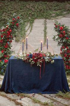 Navy And Burgundy Wedding, Navy Wedding Colors, Color Themes For Wedding, Blue Red Wedding, Red Wedding Decorations, Red Wedding Flowers, Navy Blue Weddings, Wedding Ideas Blue, Gothic Wedding Ideas