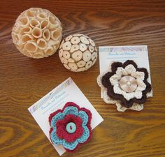 Crochet Flower Corsages from www.facebook.com/peacocksandpetticoats