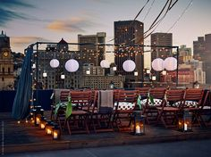Rooftop Decoration Party Outdoor stage rooftop party modest means parties Source: website rooftop dinner party decor inspiration party d. Rooftop Decor, Rooftop Design, Rooftop Party, Rooftop Wedding, Rooftop Terrace, Terrace Garden, Ikea Outdoor, Outdoor Stage, Patio Chico
