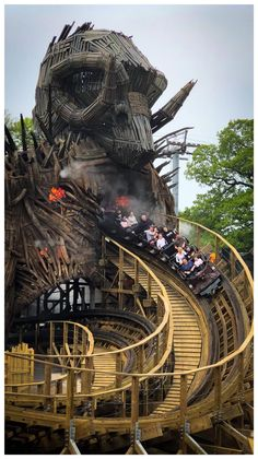 All hail the Wicker Man, Alton Towers [OC] Roller Coaster Images, Scary Roller Coasters, New Roller Coaster, Alton Towers Rides, Fair Rides, Planet Coaster, Wicker Man, Amusement Park Rides, Horses