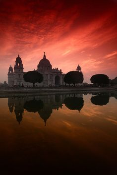 Sunset. Victoria Memorial Hall. Calcutta, India.