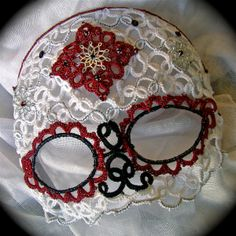 "Needle Tatting Mask ""Dia de los Muertos"" by TotusMel  UH-OH.  I see a challenge..."