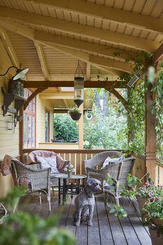 Decor, Garden Room, Outdoor Decor, Balcony Decor, Decks And Porches, Summer House, New Homes, Home Decor, Cosy Corner