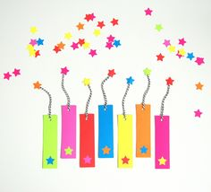 """You're a STAR in my book Valentine!"" DIY neon bookmarks - northstory.ca"