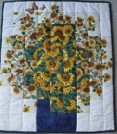 Sunflower watercolor quilt Love it! Hanging Quilts, Quilted Wall Hangings, Quilting Projects, Quilting Designs, Quilting Ideas, Vogel Quilt, Watercolor Quilt, Sunflower Quilts, Landscape Art Quilts