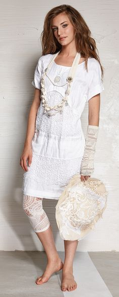 Daniela Dallavalle SS15  #laces #collection #ss15 #white #elisacavaletti #fashion