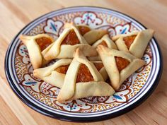 Learn to make pareve hamantaschen dough, easy to work with for any filling. Delicate, thin, orange-scented cookies. Kosher, Pareve.