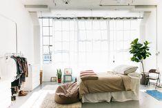 10 Ways to Make a Big Bedroom Feel Cozy | Apartment Therapy Big Bedrooms, Large Bedroom, Cozy Bedroom, Bedroom Decor, Design Bedroom, Bedroom Ideas, Apartment Therapy, Cozy Apartment, Loft Studio