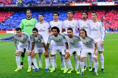Real Madrid CF players pose for a team picture prior to the La Liga match between FC Barcelona and Real Madrid CF at Camp Nou on October 26, 2013 in Barcelona, Catalonia.