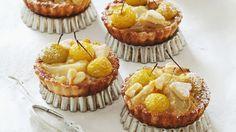 Klein aber fein: Mini-Apfelkuchen | http://eatsmarter.de/rezepte/mini-apfelkuchen