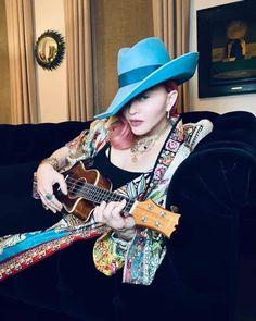 Divas, Love U Mom, Madonna Photos, Ukulele, Mixtape, Cowboy Hats, Lady, How To Wear, Blue