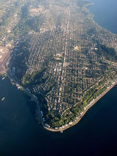 SeattleFlyerGuy's All-Purpose Travel Blog: View #Seattle from the air with Royal Geographical Society (with IBG)