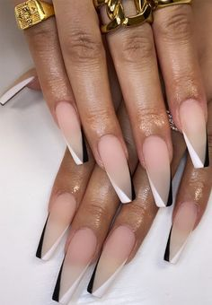 White Tip Acrylic Nails, Acrylic Nails Coffin Short, Almond Acrylic Nails, Coffin Shape Nails, Black Nail Tips, Black And White Nail Designs, Black Stiletto Nails, Coffin Acrylics, Chic Nails