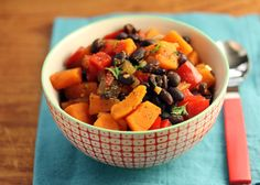 Black Bean and Sweet Potato Stew – 100 Days of Summer Slow Cooker Recipes - Add some color to your table with this beautiful side dish this week! #SlowCookerSummerDinners