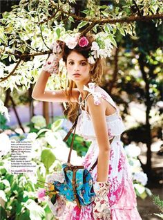 """""""Everything's Rosy"""": Erin and Charlbi by Margaretha Olschewsk for Cosmo UK"""