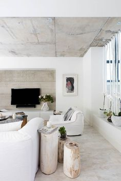 30 Chic Home Design Ideas – European interiors. 27 Of The Most Trending Interior Modern Style Ideas To Have – 30 Chic Home Design Ideas – European interiors. Living Room Interior, Home Living Room, Living Room Decor, Living Spaces, Concrete Ceiling, Cement Floors, Interior Decorating, Interior Design, Modern Interior