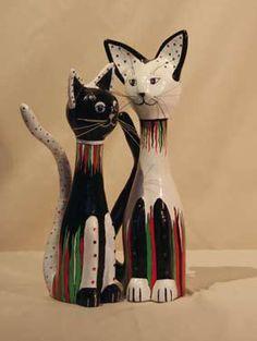 De katten van Janneke in papier mache | Hobby