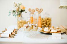 Ein Style Shooting in Gold, Rosa und Pfirsichfarben | Friedatheres
