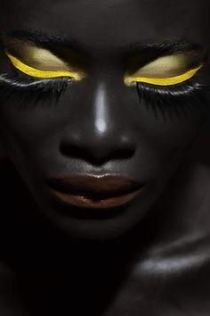f-l-e-u-r-d-e-l-y-s:    Philippe Moreau -Production Artist/Retoucher