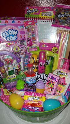 Little Girl Toys, Toys For Girls, Girl Gift Baskets, Easter Bunny Cake, Lol Dolls, Shopkins, Inspirational Gifts, Easter Baskets, Girl Gifts