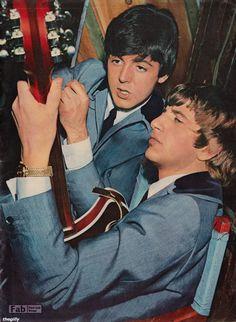 "theswinginsixties: "" Paul McCartney and Ringo Starr "" Paul Mccartney, Beatrice Mccartney, Liverpool, Ringo Starr, George Harrison, John Lennon, Richard Starkey, Beatles Photos, Sir Paul"