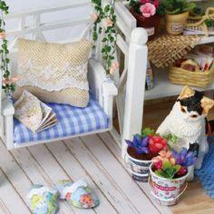 Dollhouse Toys, Wooden Dollhouse, Dollhouse Miniatures, Creative Birthday Gifts, Birthday Gifts For Kids, Cat Birthday, Wooden Dolls House Furniture, Dollhouse Furniture, Cat Furniture